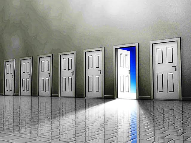 sınıf kapıları açık